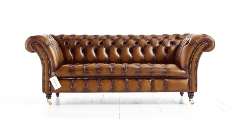 Классический кожаный диван Chesterfield