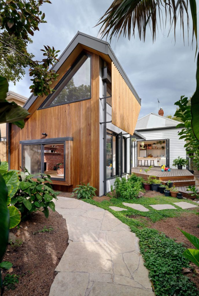 Новые идеи для организации летней кухни или дворика